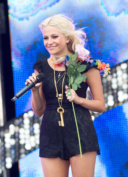 Pixie Lott Oversized Pendant Necklace