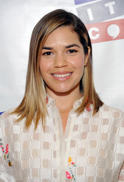 America Ferrera wore her hair in sleek straight layers during Politicon 2017.