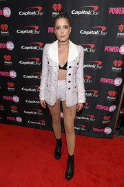 Halsey attended Power 96.1's Jingle Ball 2017 wearing an Alessandra Rich tweed jacket with matching skimpy shorts.