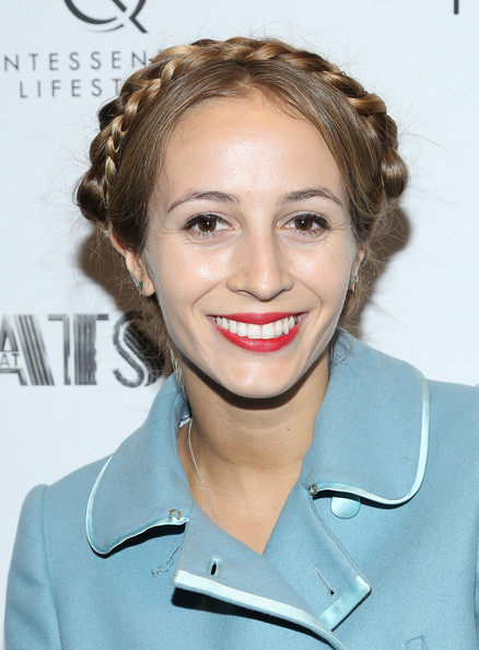 Harley Viera-Newton looked totally angelic with this helmet braided updo.