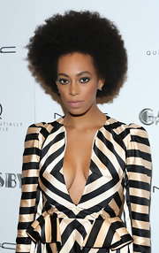 Solange opted for a bare nude lip for a super sexy look at the screening of 'The Great Gatsby.'