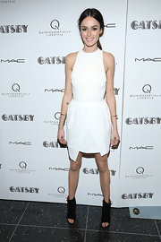 Nicole Trunfio's sleeveless white dress gave her a crisp and sophisticated look for the special screening of 'The Great Gatsby.'