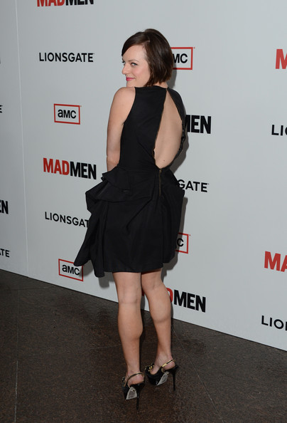 More Pics of Elisabeth Moss Short Cut With Bangs (5 of 30) - Elisabeth Moss Lookbook - StyleBistro