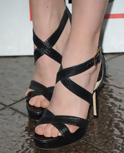 Annabelle Wallis stuck to strappy sandals for her red carpet look at the 'Mad Men' Season 6 screening premiere.