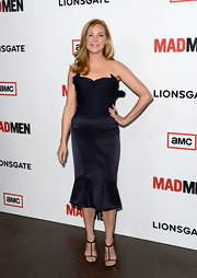 Jennifer Westfeldt chose a structured strapless dress with a corset-style top and a mermaid skirt for her red carpet look.