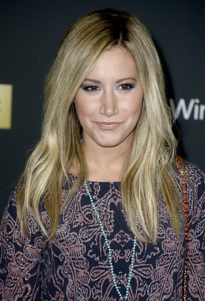 More Pics of Ashley Tisdale Print Dress (1 of 10) - Ashley Tisdale Lookbook - StyleBistro