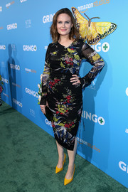 Emily Deschanel went for a ladylike look with this floral midi dress at the premiere of 'Gringo.'