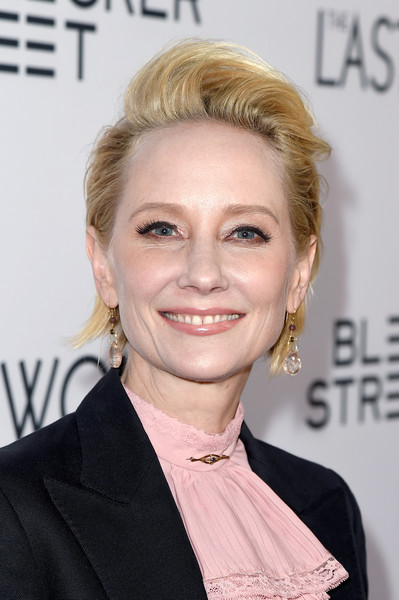 Anne Heche wore a cool messy cut at the premiere of 'The Last Word.'