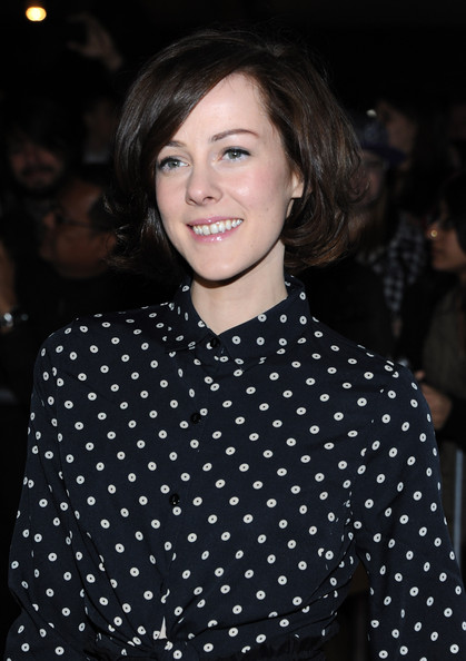 More Pics of Jena Malone Box Clutch (2 of 7) - Clutches Lookbook - StyleBistro [beastly,hair,face,pattern,polka dot,hairstyle,eyebrow,beauty,lip,design,smile,arrivals,jena malone,cbs films beastly,los angeles,california,the grove,cbs films,premiere,premiere]