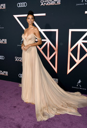 Ella Balinska looked breathtaking in an off-the-shoulder nude silk-chiffon gown by Vera Wang at the premiere of 'Charlie's Angels.'