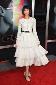 Nina Dobrev looked angelic in a white Prabal Gurung dress with a tiered skirt at the premiere of 'Flatliners.'