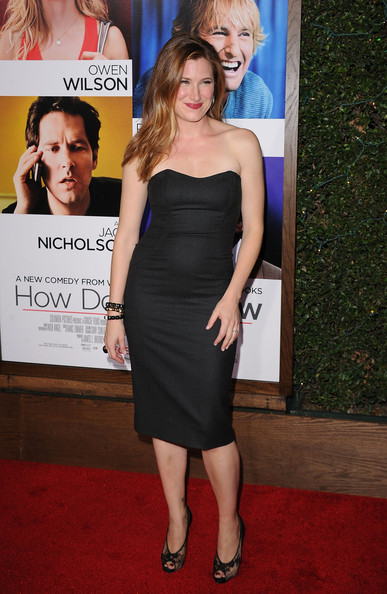 More Pics of Kathryn Hahn Evening Pumps (1 of 23) - Kathryn Hahn Lookbook - StyleBistro