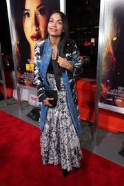Rosario Dawson teamed a printed coat with a maxi skirt for the premiere of 'Miss Bala.'