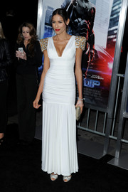 Rebecca Da Costa was all dolled up in a white Grecian gown with embellished cap sleeves during the 'Robocop' premiere.
