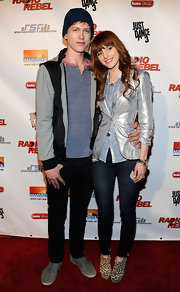Bella Thorne stepped out in a pair of classic skinny jeans for the 'Radio Rebel' premiere.