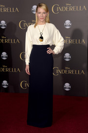 Cate Blanchett completed her simple yet elegant red carpet look with a long black skirt, also by Celine.
