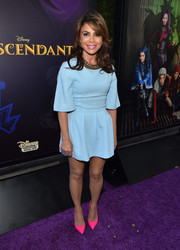 Paula Abdul made an appearance at the 'Descendants' premiere looking cute in a pastel-blue mini dress.