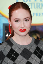 Karen Gillan looked sweet with her girl-next-door ponytail at the premiere of 'Mary Poppins Returns.'