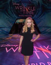 Ava Phillippe chose a simple little black dress for the premiere of 'A Wrinkle in Time.'