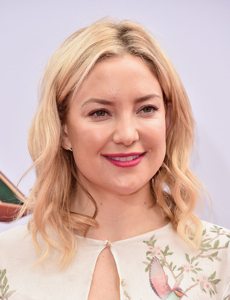 Kate Hudson looked sweet with her blonde waves at the premiere of 'Kung Fu Panda 3.'