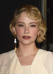 Haley Bennett looked adorably retro wearing her hair in a finger wave at the premiere of 'Thank You for Your Service.'