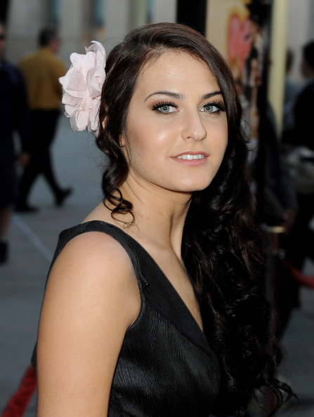 More Pics of Scout Taylor-compton Hair Pin (1 of 20) - Hair Pin Lookbook - StyleBistro