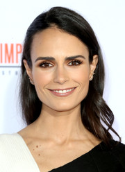Jordana Brewster looked simply elegant wearing this loose side-parted 'do at the premiere of 'American Crime Story: The People v. O.J. Simpson.'