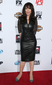 Katey Sagal looked ageless in a leather LBD during the premiere of 'Sons of Anarchy' season 6.