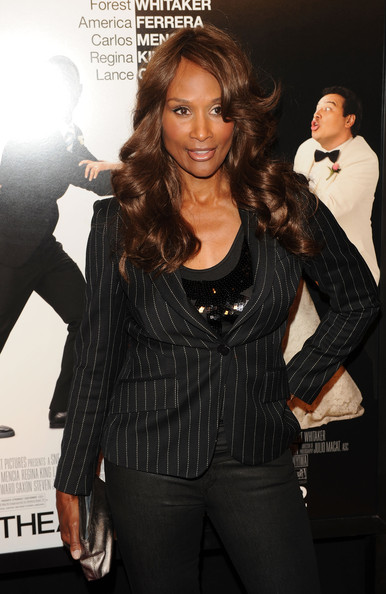 More Pics of Beverly Johnson Long Curls (1 of 4) - Beverly Johnson Lookbook - StyleBistro