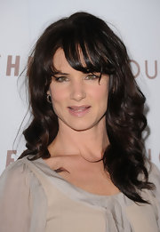 Juliette Lewis donned soft layered tresses to the premiere of 'Somewhere'.