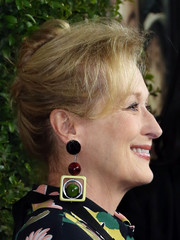 Meryl Streep attended the premiere of 'Suffragette' wearing her hair in a loose French twist.