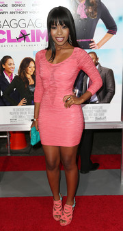 Porscha Coleman kept pastel theme going all the way down to her pink and blue strappy sandals.