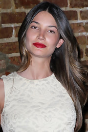 Lily Aldridge kept it simple and classic with this long center-parted hairstyle at the premiere of 'Eastbound and Down' season 3.
