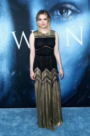 Hannah Murray looked divine in a black and gold lace and lame gown by J. Mendel at the premiere of 'Game of Thrones' season 7.