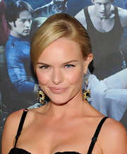 Kate Bosworth showed off her sleek classic bun while hitting the 'True Blood premiere.