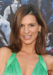 Perrey Reeves showed off her side-swept bob while hitting the 'True Blood' premiere.