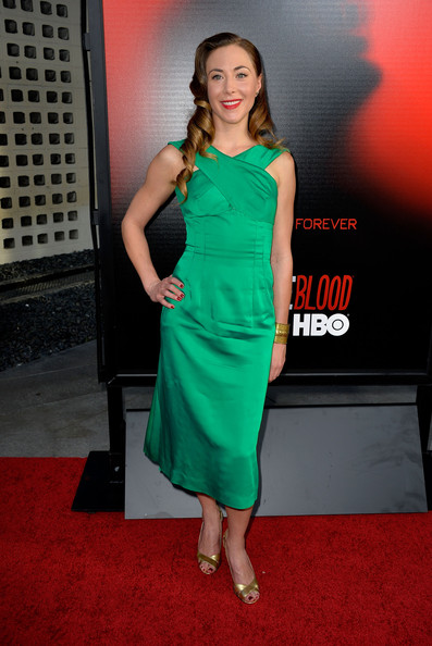 Bonnie Kathleen Ryan wore this bright emerald green cocktail dress to the premiere of 'True Blood.'