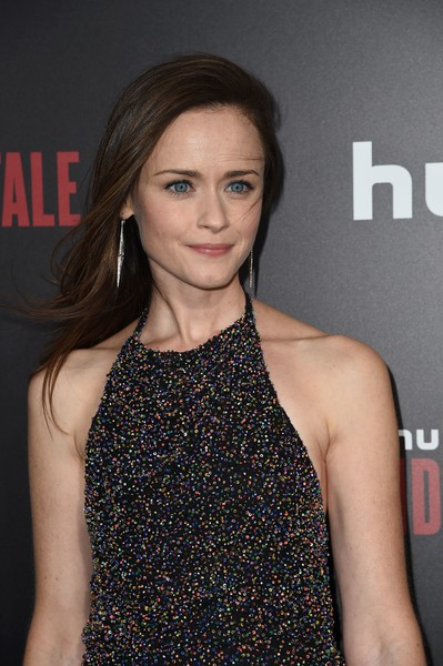 More Pics of Alexis Bledel Strappy Sandals (1 of 3) - Heels Lookbook - StyleBistro [the handmaids tale,photo,hair,hairstyle,premiere,lip,fashion,dress,long hair,fashion model,cocktail dress,brown hair,arrivals,alexis bledel,hulu,los angeles,california,hollywood,premiere,premiere]