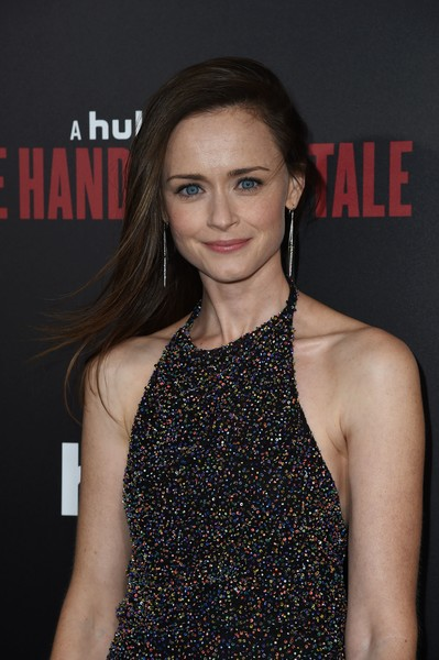 More Pics of Alexis Bledel Strappy Sandals (3 of 3) - Heels Lookbook - StyleBistro [the handmaids tale,photo,hair,fashion model,hairstyle,beauty,fashion,premiere,lip,shoulder,dress,long hair,arrivals,alexis bledel,hulu,los angeles,california,hollywood,premiere,premiere]