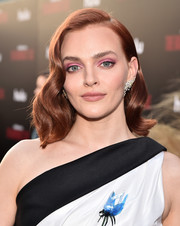 Madeline Brewer made her eyes pop with a swipe of pink shadow.
