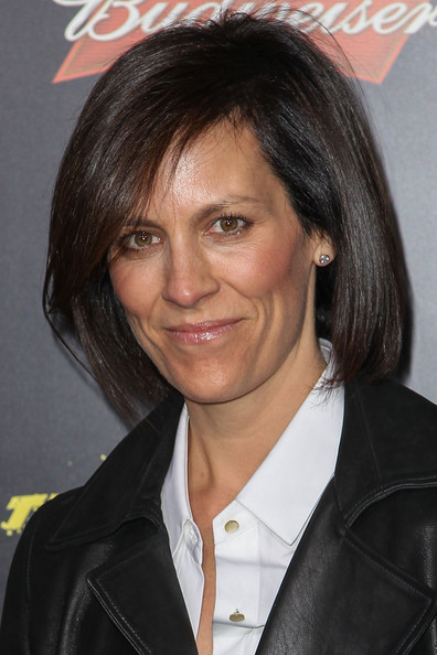 Annabeth Gish sported a sleek bob at the premiere of 'The Last Stand.'