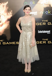 Isabelle Fuhrman looked elegantly glitzy in this tulle dress at the LA premiere of 'The Hunger Games.'