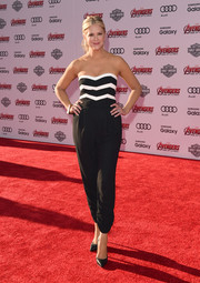 Nancy O'Dell looked foxy in a strapless, striped-bodice jumpsuit during the premiere of 'Avengers: Age of Ultron.'