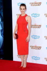 Elizabeth Henstridge brought a jolt of color to the 'Guardians of the Galaxy' premiere with this bright red cocktail dress.