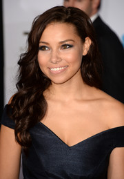 Jessica Parker Kennedy looked ultra feminine with her long curls and off-the-shoulder dress at the premiere of 'Thor: The Dark World.'
