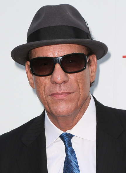 Robert Davi topped off his ensemble at the 'Iceman' premiere with a pair of rectangular sunglasses and a fedora.