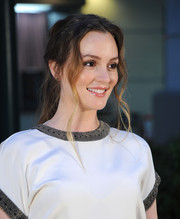 Leighton Meester attended the premiere of 'Like Sunday, Like Rain' wearing a messy-sexy ponytail.
