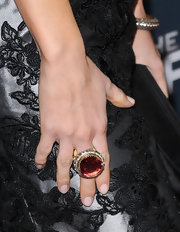 Summer Glau wore a gold and silver ring with diamonds and tourmaline to the premeire of 'The Cape.'