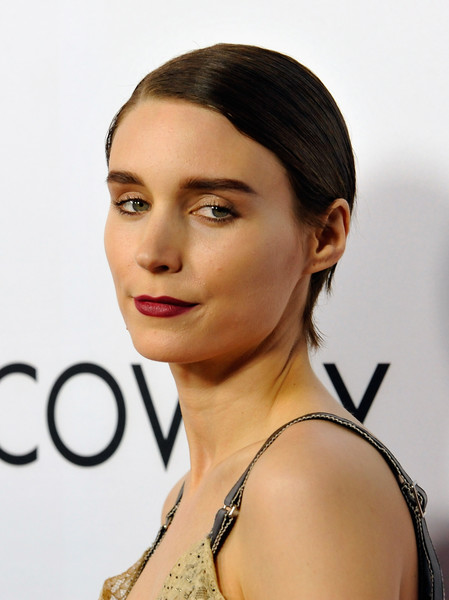 Rooney Mara finished off her look with a sexy red lip.