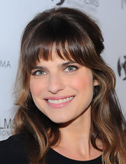 Lake Bell wore pale pink lipstick with a slight sheen.